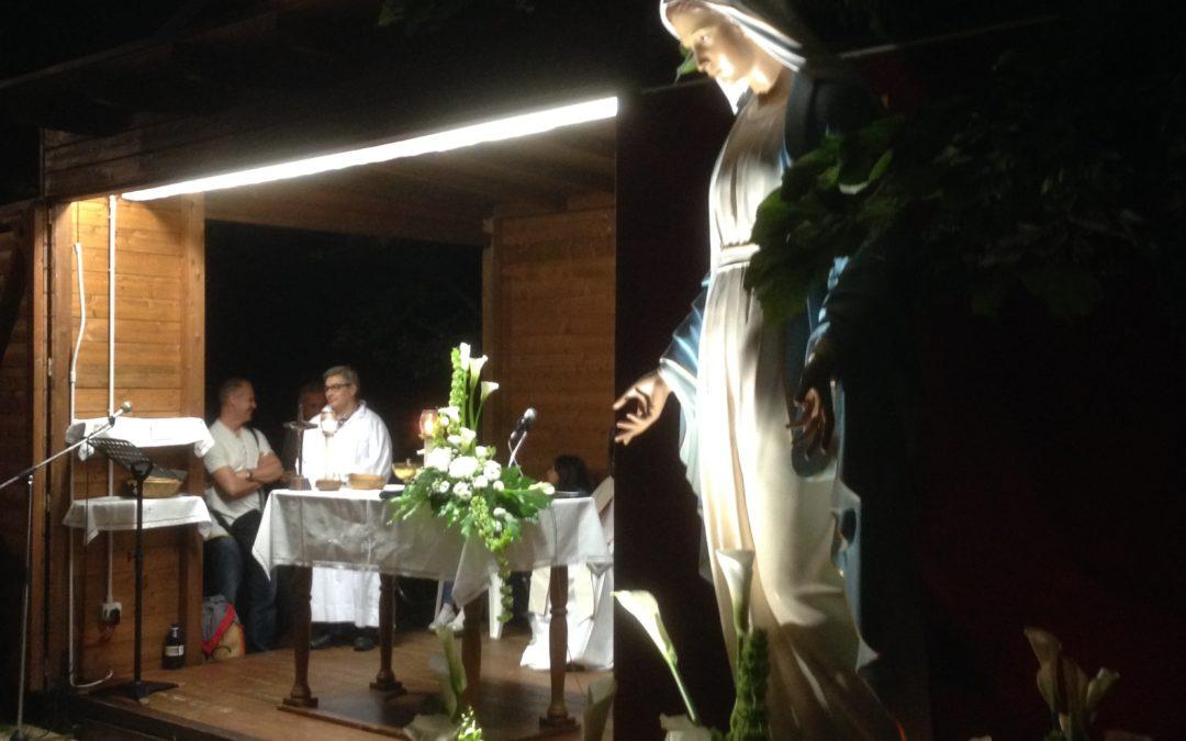 Giovedì 23 agosto adorazione eucaristica